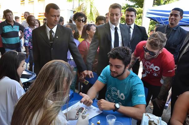 Rodrigo Simas conheceu todos os serviços e estrutura do evento. (Foto: Alex Malheiros)