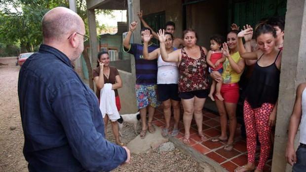 Na rua onde Fabian Medina mora quase todos já tiveram zika  (Foto: BBC)