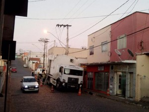 Falta de de energia elétrica em cidades do Centro-Oeste de Minas Gerais (Foto: Washington Silva/Arquivo Pessoal)