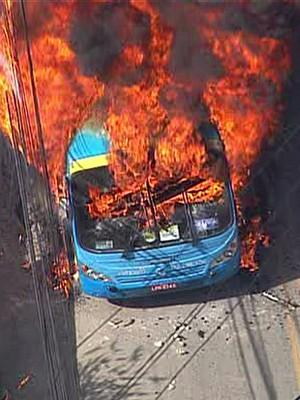 Veja fotos do protesto em Niterói (Reprodução GloboNews)