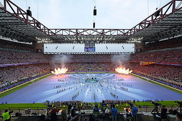 MILAN, ITALY - MAY 28:  A general view during the opening ceremony prior during the UEFA Champions League Final match between Real Madrid and Club Atletico de Madrid at Stadio Giuseppe Meazza on May 28, 2016 in Milan, Italy.  (Photo by Clive Mason/Getty I (Foto: Getty Images)