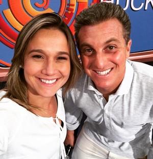 Fernanda Gentil posa com Luciano Huck (Foto: Arquivo Pessoal)