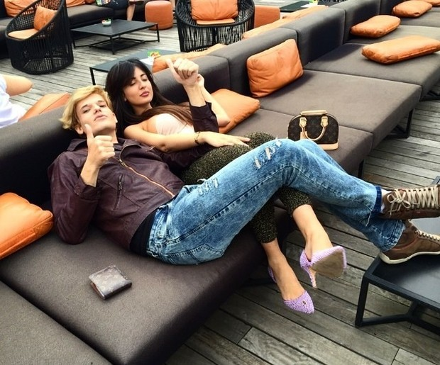 Ken Humano e Jennifer Pamplona (Foto: Reprodução/Instagram)