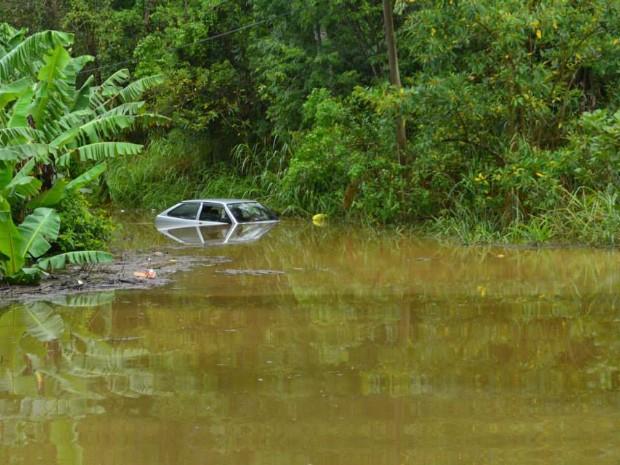 Chuvas têm gerado preocupação em Itariri, SP (Foto: Nayara Cristina da Silva Barbosa/ VC no G1)