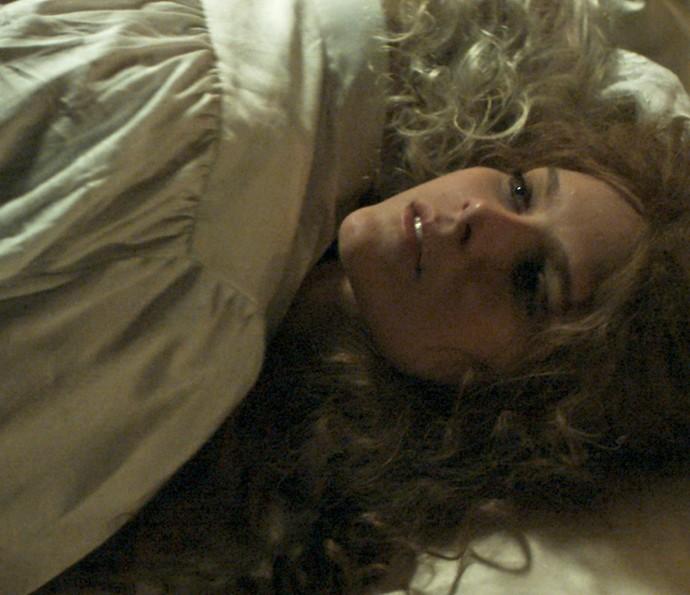 Isabella diz que se preparou psicologicamente para as suas primeiras cenas de nudez (Foto: TV Globo)