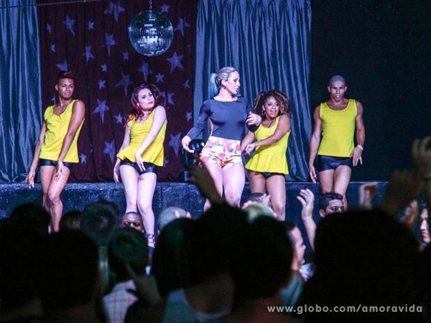 Valesca quebrou tudo no palco (Foto: Ellen Soares / TV Globo)
