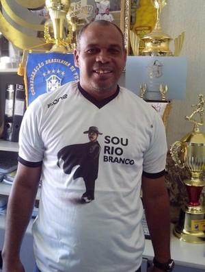 Mauro Soares, técnico do Rio Branco-ES (Foto: Deysiane Gagno/Rio Branco AC)