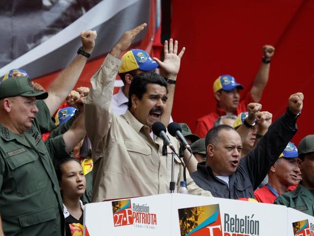 """Nicolas Maduro fala durante um evento para comemorar os violentos protestos de rua de 1989 conhecido como o 'Caracazo"""" (Foto: AP Photo / Fernando Llano)"""