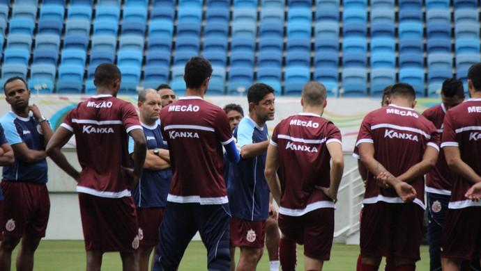 Sérgio China - técnico do América-RN - treino Arena das Dunas (Foto: Augusto Gomes/GloboEsporte.com)