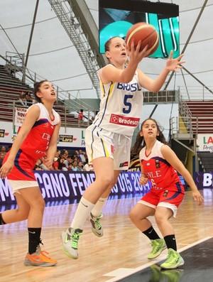 Clarissa Carneiro, basquete de Venceslau, no Sul-Americano Sub-15 sobre a seleção brasileira (Foto: CBB / Divulgação)