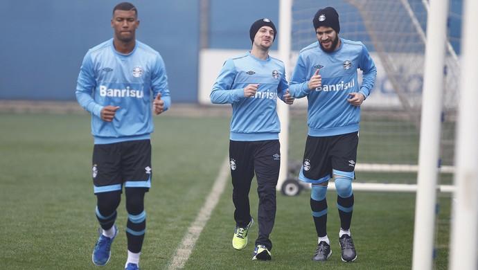 Walace, Marcelo Hermes, Marcelo Oliveira, Grêmio (Foto: Lucas Uebel/Grêmio/Divulgação)