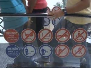escada rolante shopping (Foto: Reprodução / TV Bahia)