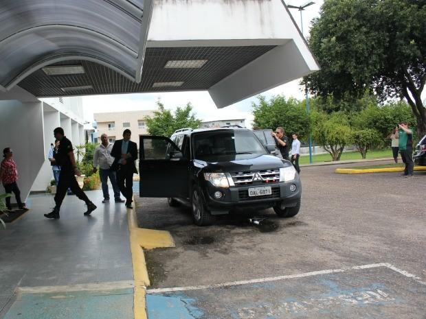 Operação ocorreu nesta segunda-feira em Manaus e Rio de Janeiro (Foto: Adneison Severiano/G1 AM)