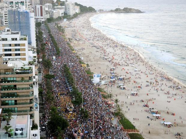 Vista do desfile do bloco Simpatia é Quase é Amor (Foto: Alexandre Durão/G1)
