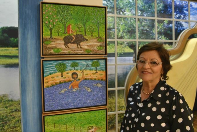 Artista plástica Rimaro nos mostra seu trabalho. (Foto: Thales de Paiva)