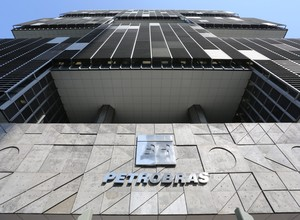 Petrobras cancela contrato com empresa suspeita