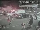 Imagens mostram abordagem policial que terminou com morte de um jovem