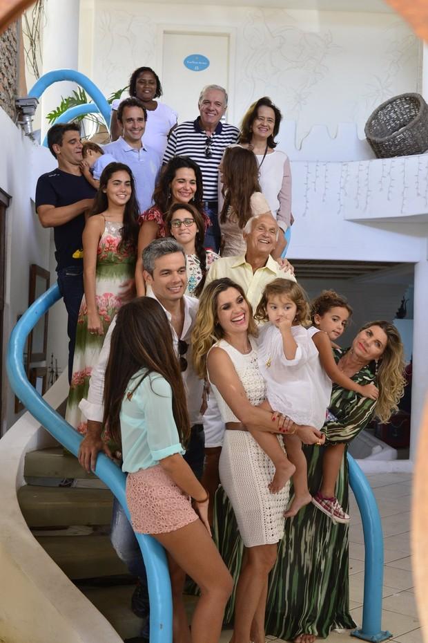 Flávia Alessandra ganha homenagem em Arraial do Cabo (Foto: Andre Muzell/AgNews)