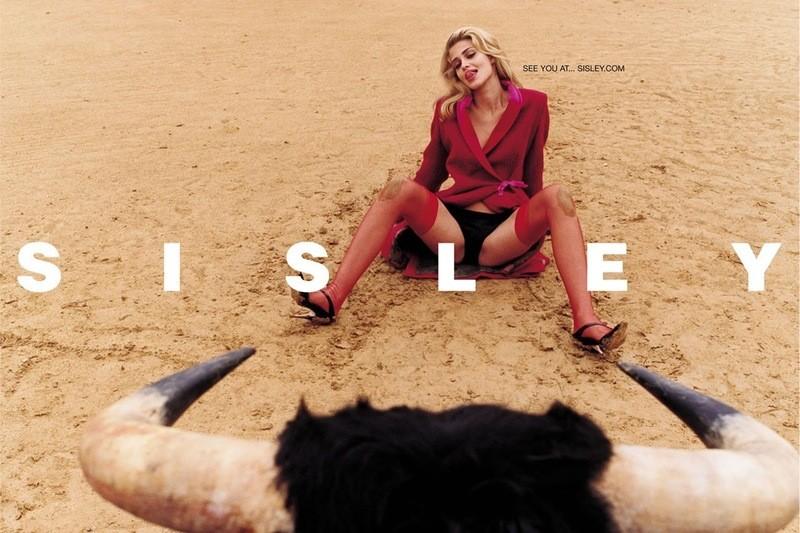 Também clicada por Terry Richardson para a Sisley, a foto acima foi banida em vários países (Foto: Divulgação)