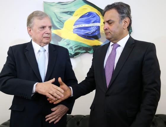 Os senadores Tasso Jereissati e Aécio Neves, do PSDB (Foto: Marcelo Camargo/Agência Brasil)