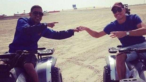 Wanderley anda de quadriciclo em Dubai (Foto: Reprodução/Twitter)