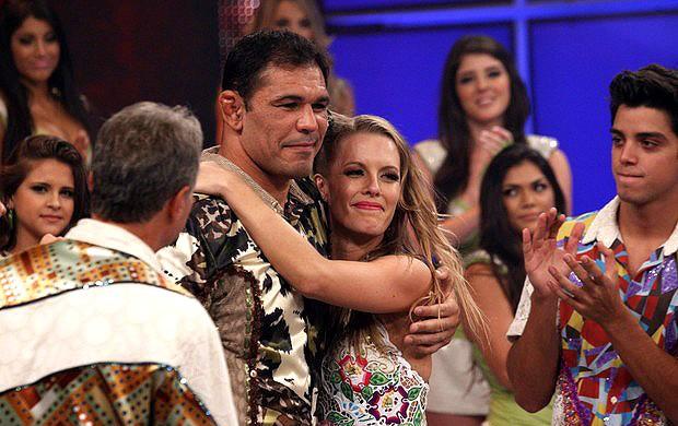 Rodrigo Minotauro dança com famosos  (Foto: TV GLOBO)