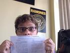 Mãe 'ataca' de YouTuber pra chamar atenção do filho na rede