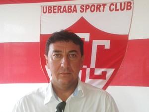 Uberaba Sport Club Marcelo Araxá gerente de futebol 2014 (Foto: Alex Rocha/ GloboEsporte.com)