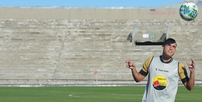 Pedro Castro, Botafogo-PB, treino do Botafogo-PB, no Almeidão (Foto: Edgley Lemos / GloboEsporte.com/pb)