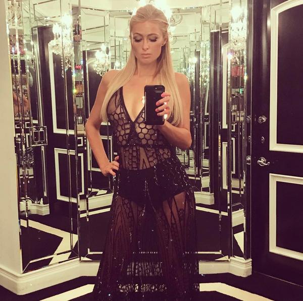 Uma selfie da celebridade Paris Hilton (Foto: Instagram)