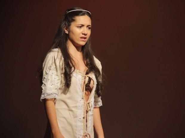MArcella Valente em ação em peça no Rio (Foto: Patrick Azevedo/ Divulgação)