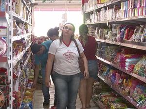 bfbd82745 Produtos derivados de açúcar estão mais caros nas prateleiras (Foto:  Reprodução/TV TEM