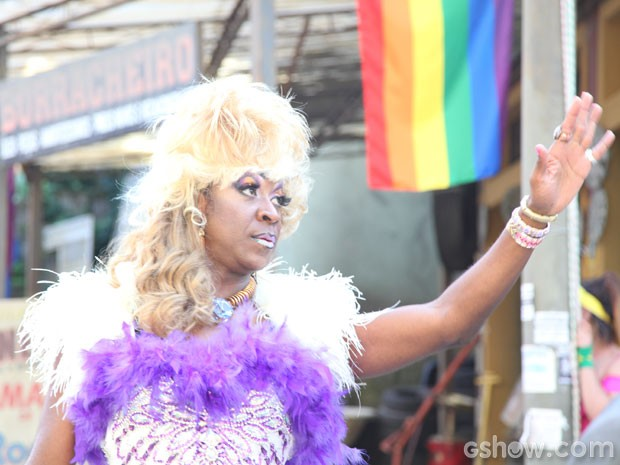 Movimento gay agita o Irajá (Foto: TV Globo/ Camila Camacho)