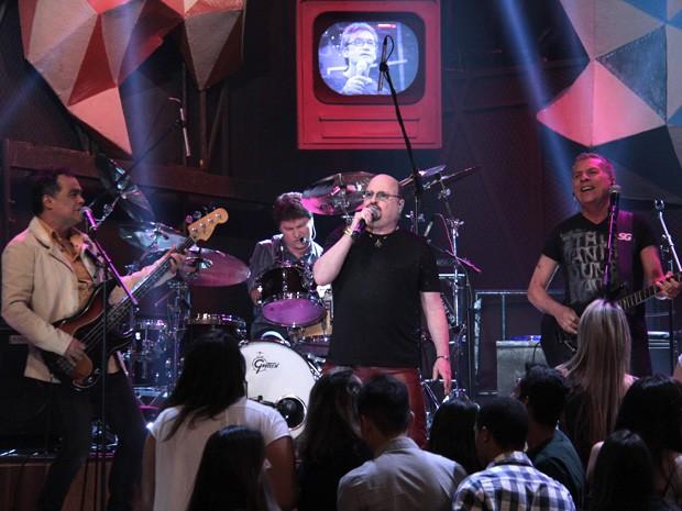 Roupa Nova participa da gravação do programa 'Altas Horas' (Foto: Marcos Mazini/Gshow)