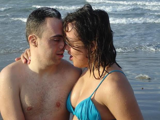 Fátima e Vinicius namoraram por dois anos até casar  (Foto: Reprodução/Facebook)