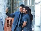 Juliano Cazarré e Mateus Solano gravam cenas de Amor à Vida no Centro do Rio