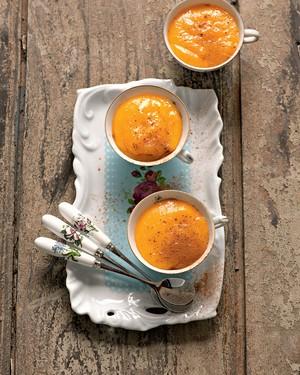 Ovos moles com canela (Foto: Iara Venanzi)