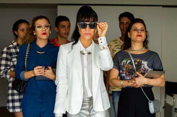 Miá Mello dá vida à popstar Didi Mell em Carrossel 2 - O sumiço de Maria Joaquina, que estreia dia 7 de julho (Foto: Divulgação)