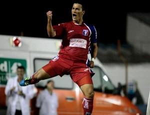 Jonatas Belusso Guaratinguetá (Foto: Fábio Rubinato/Guaratinguetá)