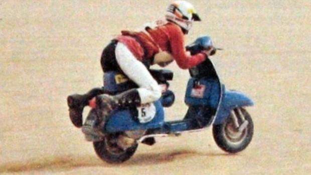 """BLOG: MM Artigos Imperdíveis - """"O dia em que duas Vespas acabaram o Dakar"""" - de Rodrigo Fialho para motorsports.sapo.pt..."""