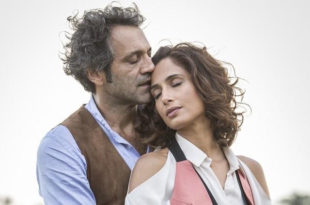 Camila Pitanga e Domingos Montagner em 'Velho Chico' (Foto: Felipe Monteiro/Gshow)