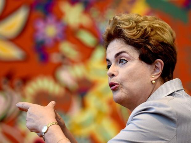 A presidente afastada Dilma Rousseff durante encontro com correspondentes estrangeiros no Palácio da Alvorada, em Brasília