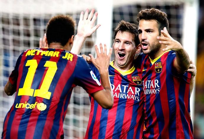 Neymar, Messi e Fabregas Comemoração Barcelona contra o Sevilla (Foto: Agência Reuters)