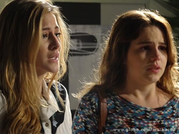 Sofia chora de alívio pela melhora de Ben (Foto: Malhação / TV Globo)