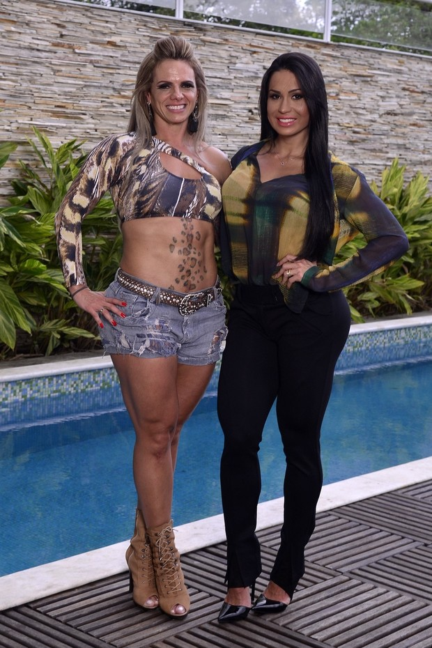 Patricia Sevecenco e Gracyanne Barbosa (Foto: Roberto Teixeira/EGO)