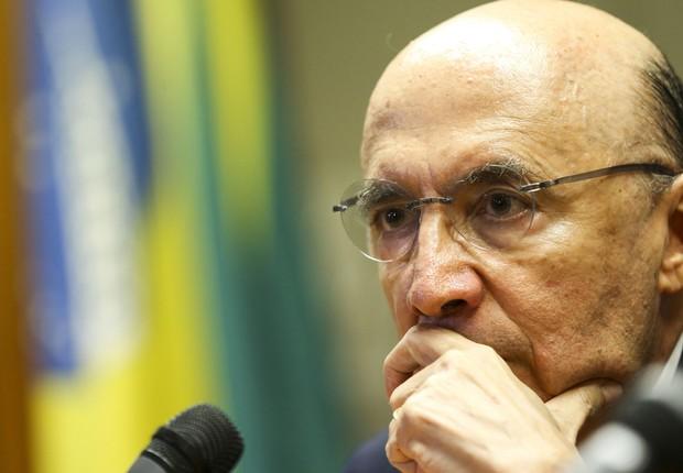 O Ministro da Fazenda, Henrique Meirelles, durante entrevista coletiva (Foto: Marcelo Camargo/Agência Brasil)