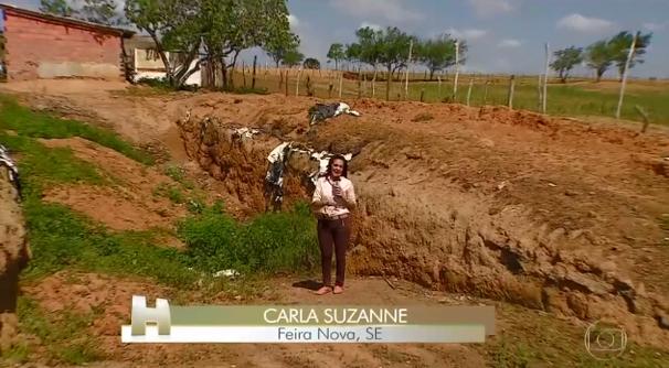 Carla Suzanne faz reportagem para o Jornal Hoje (Foto: Divulgação / TV Sergipe)