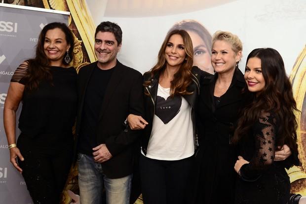 Solange Couto, Junno Andrade, Ivete Sangalo, Xuxa e Fernanda Souza (Foto: Roberto Teixeira/EGO)