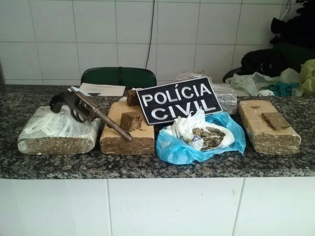 Apreensões na terceira fase da Operação Medellin, no Crato (Foto: Divulgação/polícia Civil do Crato)