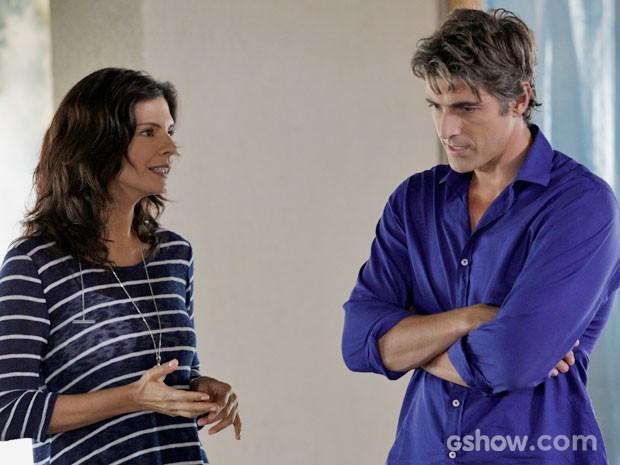 Verônica e Cadu passam por crises na vida amorosa (Foto: Fábio Rocha/TV Globo)